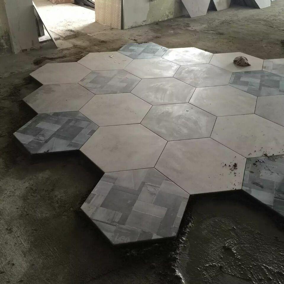 銳利領峰客廳裝修貼磚現場施工圖