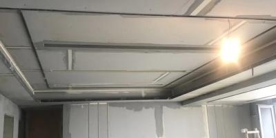 成都裝修貼磚效果圖 真實的裝修隊施工現場實拍